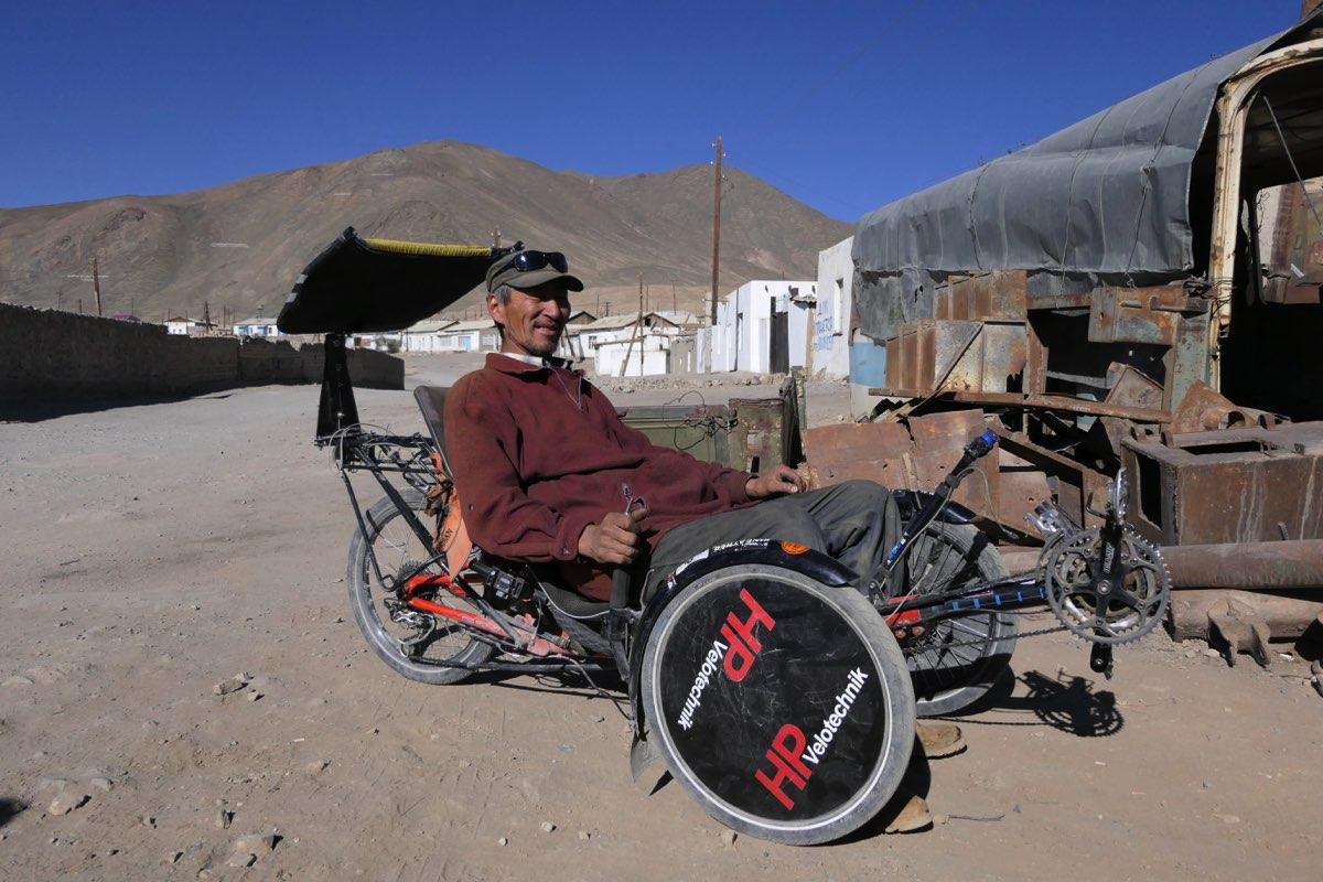 Finalmente maya puede poner a prueba el triciclo