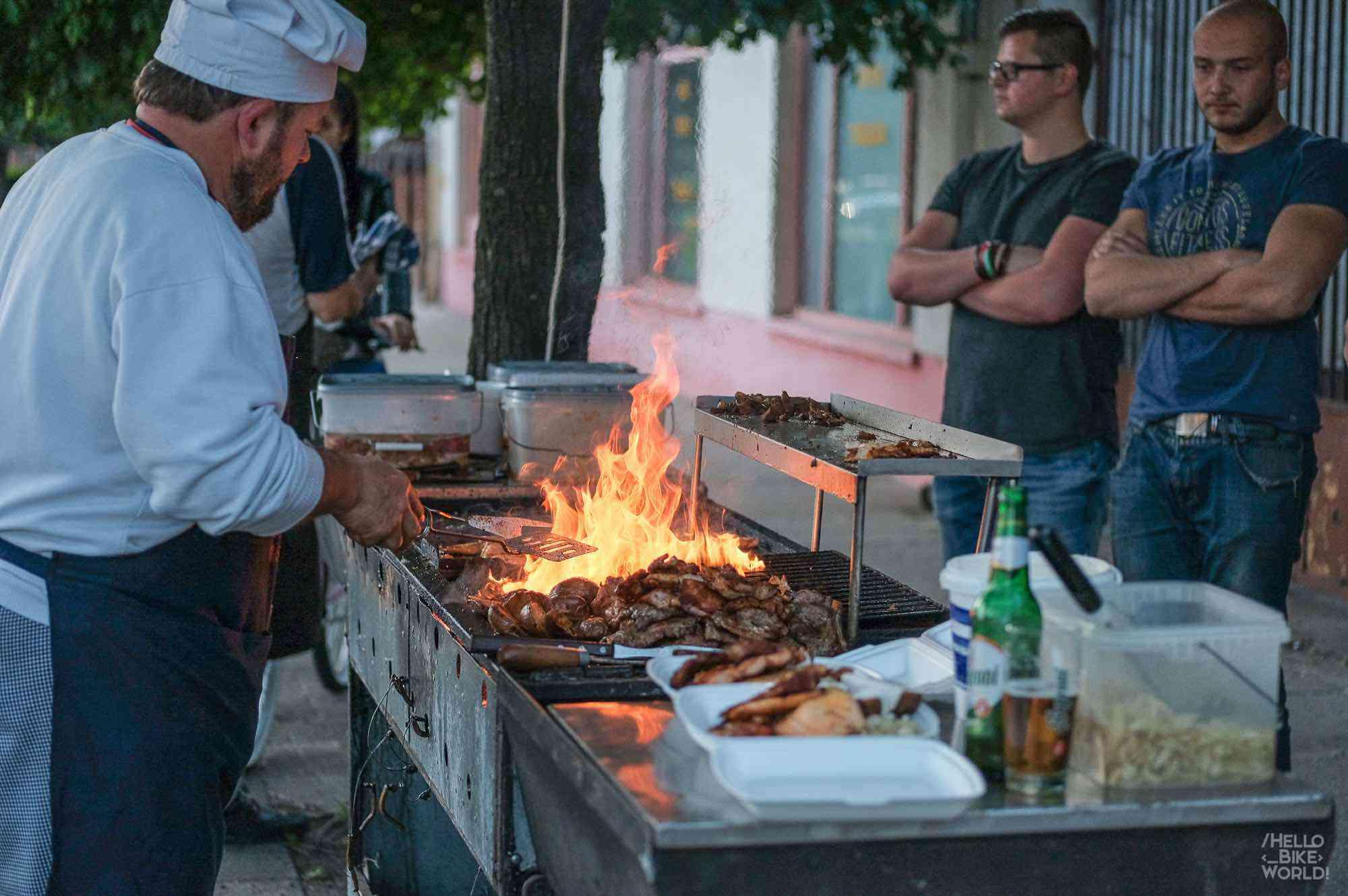 Barbecue de campagne hongroise