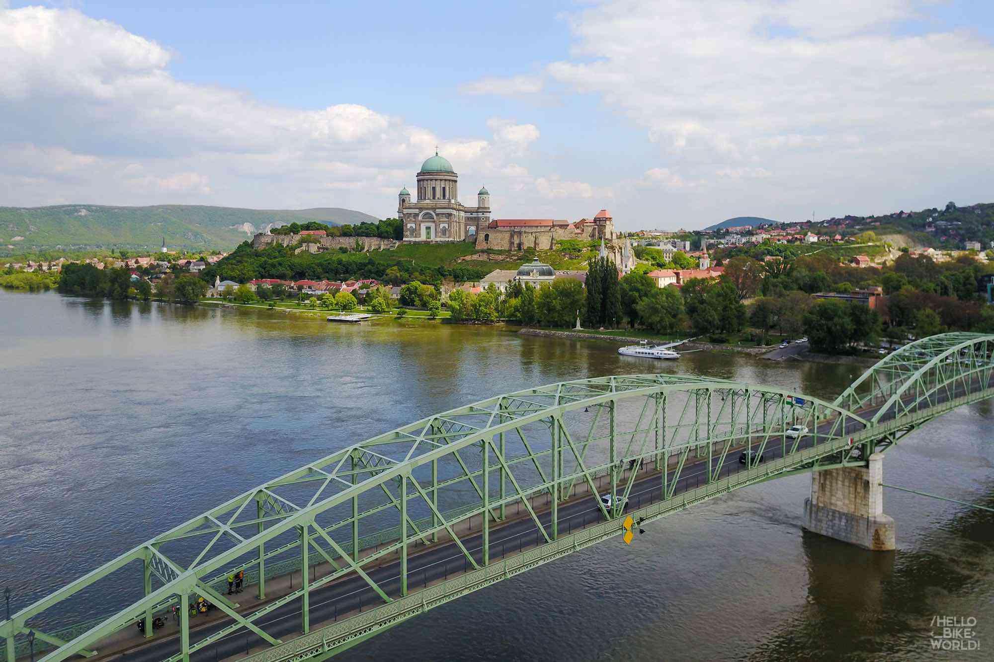 Vue panoramique d'Esztergom