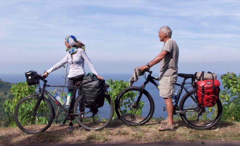Phi & Ge à vélo